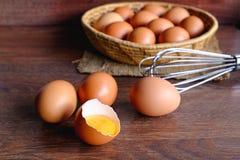 Nya organiska fega ägg arkivfoto