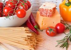 nya pastagrönsaker för ost Arkivbilder