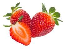 Nya röda strawberrys på vit bakgrund Royaltyfri Bild