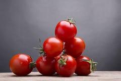 nya röda tomater Arkivfoton