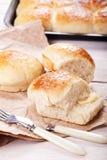 Nya rullar för hemlagat bröd Arkivfoton