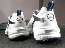 nya running skor för märkescloseup Royaltyfri Fotografi