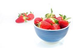 nya saftiga jordgubbar Arkivbilder