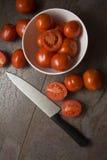 Nya saftiga tomater, Royaltyfri Bild