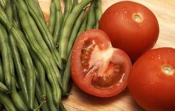 nya saftiga tomater för bönor Arkivbilder