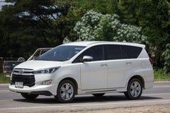 Nya Toyota Innova Crysta royaltyfri bild
