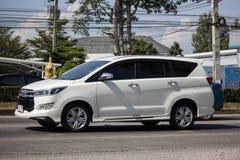 Nya Toyota Innova Crysta royaltyfria bilder