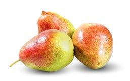 Nya tre päron som isoleras på vit bakgrund Arkivfoton