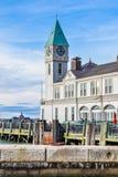 nya USA york Den berömda pir som ett hamnhus i batteri parkerar Arkivfoto