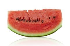 Nya vattenmelonskivor och vit bakgrund Arkivfoto