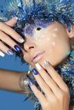 Nya Year& x27; s-manikyr och makeup Arkivfoto