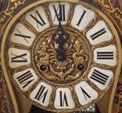 Nya Year& x27; s på midnatt - gammal klocka Royaltyfri Bild