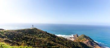 Nya Zeeland sikt för sjöhav med fyren arkivbilder