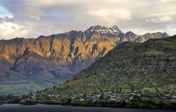 Nya Zeeland sikt från Frankton sjön Wakatipu Fotografering för Bildbyråer