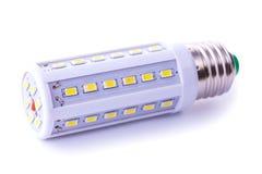 Nyast LEDD ljus kula som isoleras på vit Arkivfoton