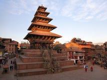Nyatapola pagod på den Taumadhi fyrkanten i Bhaktapur Arkivfoto