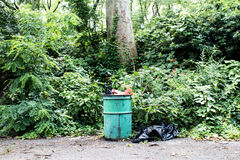 NYC公园垃圾箱 免版税图库摄影