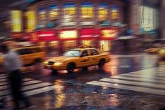 NYC出租汽车迷离 免版税库存图片