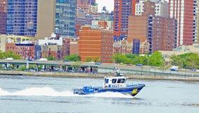 NYC港口巡逻 免版税图库摄影