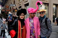 NYC :在2014年复活节游行的三重奏 库存照片