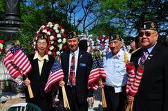 NYC :阵亡将士纪念日仪式的亚裔美国人退伍军人 库存照片