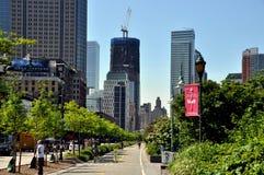 NYC: Ansicht zu den Bodennullpunkt-Skylinen Lizenzfreie Stockbilder