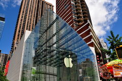NYC:  Apple Store σε Broadway Στοκ φωτογραφία με δικαίωμα ελεύθερης χρήσης