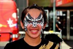 NYC: Asiatische Jugend im chinesischen Opern-Make-up Lizenzfreie Stockfotos