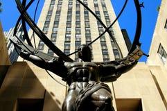 NYC: Atlas die de Wereld houden op Rockefeller-Centrum Stock Fotografie
