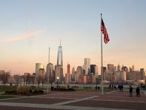 NYC auf einem Sonnenuntergang Lizenzfreies Stockbild