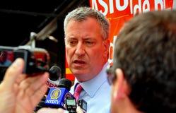 NYC: Belangrijke Kandidaat Met betrekking tot de burgemeester Bill DeBlasio Royalty-vrije Stock Foto