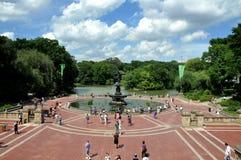 NYC: Bethesda-Terrasse u. Brunnen lizenzfreies stockfoto