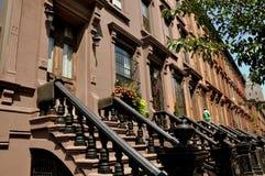 NYC: Brownstones in Harlem Royalty-vrije Stock Afbeeldingen