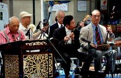 NYC: Chinatown Starszego centrum ludu orkiestra obraz stock