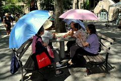 NYC: Chinese Women Playing Cards Stock Photography