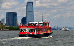 NYC:  City Sightseeing Boat on Hudson River Royalty Free Stock Photography