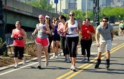 NYC : Courir sur le chemin de vélo de côté Ouest Images libres de droits