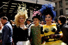 NYC: De mensen bij 2014 Pasen paraderen Stock Foto