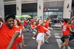 2015 NYC-Deel 2 25 van de Dansparade Stock Afbeeldingen