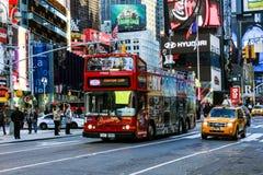 NYC dubblerar den Decker Tour bussen Arkivfoto