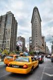 NYC-Fahrerhaus und -Plätteisen Lizenzfreie Stockfotos