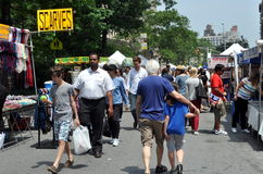 NYC: Festival superior da rua de Broadway Fotografia de Stock Royalty Free