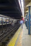 NYC-gångtunnelplattform Royaltyfri Bild
