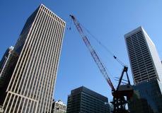 NYC Gebäude-Kran Lizenzfreie Stockfotos