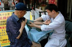 NYC: Getting a Blood Test in Chinatown Royalty Free Stock Photos