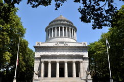 NYC: Grant's Tomb National Monument. The handsome neo-classical Grant's Tomb National Monument on Riverside Drive in NYC with its colonnade dome houses the Royalty Free Stock Photo