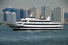NYC: Het Schip van de Cruise van de geest op de Rivier Hudson Royalty-vrije Stock Foto