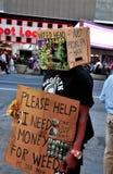 NYC : L'aucun homme de problème dans le Times Square Photos libres de droits
