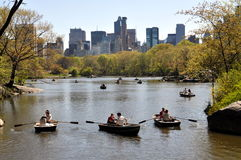 NYC : Lac boating de Central Park Photographie stock libre de droits