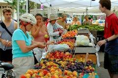 NYC : Le marché du fermier carré de Lincoln Image stock